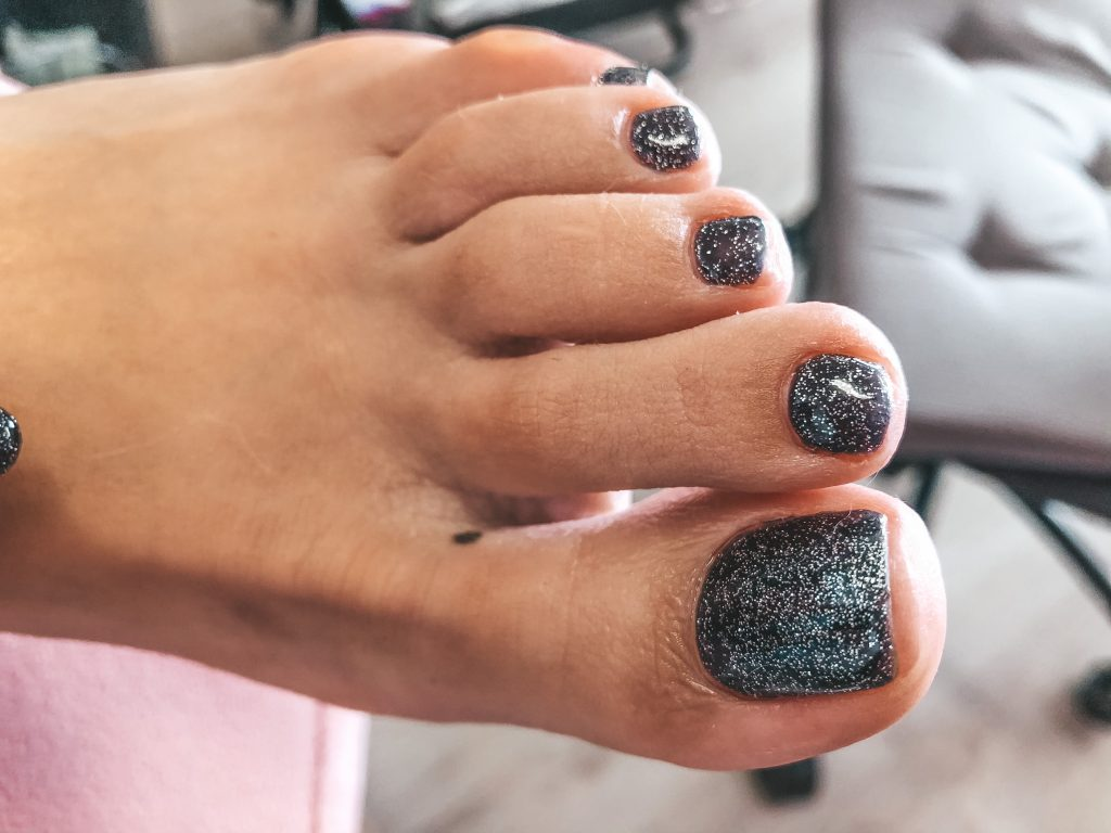 Best Pedicure with glitters and gellak rotterdam